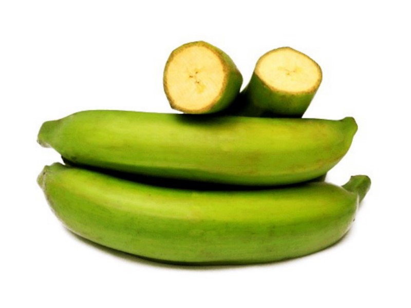 WHOLE PLANTAIN PEELED 1